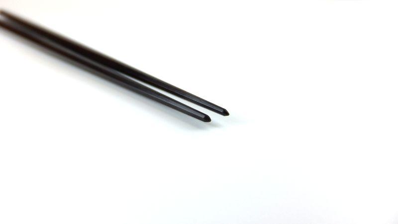 画像1: 盛り付け箸「プロ仕様」 八角削り縞黒檀